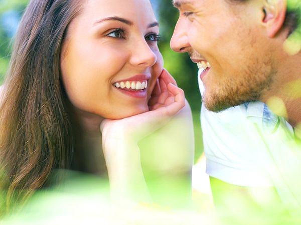 一目惚れ 一目惚れした異性と仲良くなる4つの心理術 | 心理学の時間ですよ!!